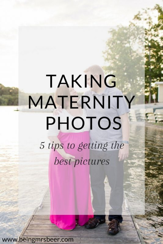 5 Tips for taking your best maternity photos - tips for what to wear, where to go, and how to keep your older kids occupied!