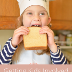 #ad Getting kids involved in the kitchen is so important, and letting them pick and choose their own meals (and help make it) really influences their choices growing up. See how we use Arnold Organic Bread to empower our kids' nutritious meals! #MickeyTrueOriginal